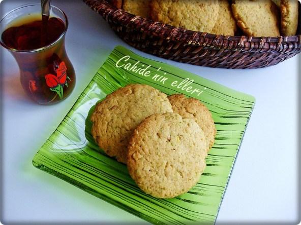 Az Malzemeli Kurabiye Tarifi bayat kek kurabiyesi