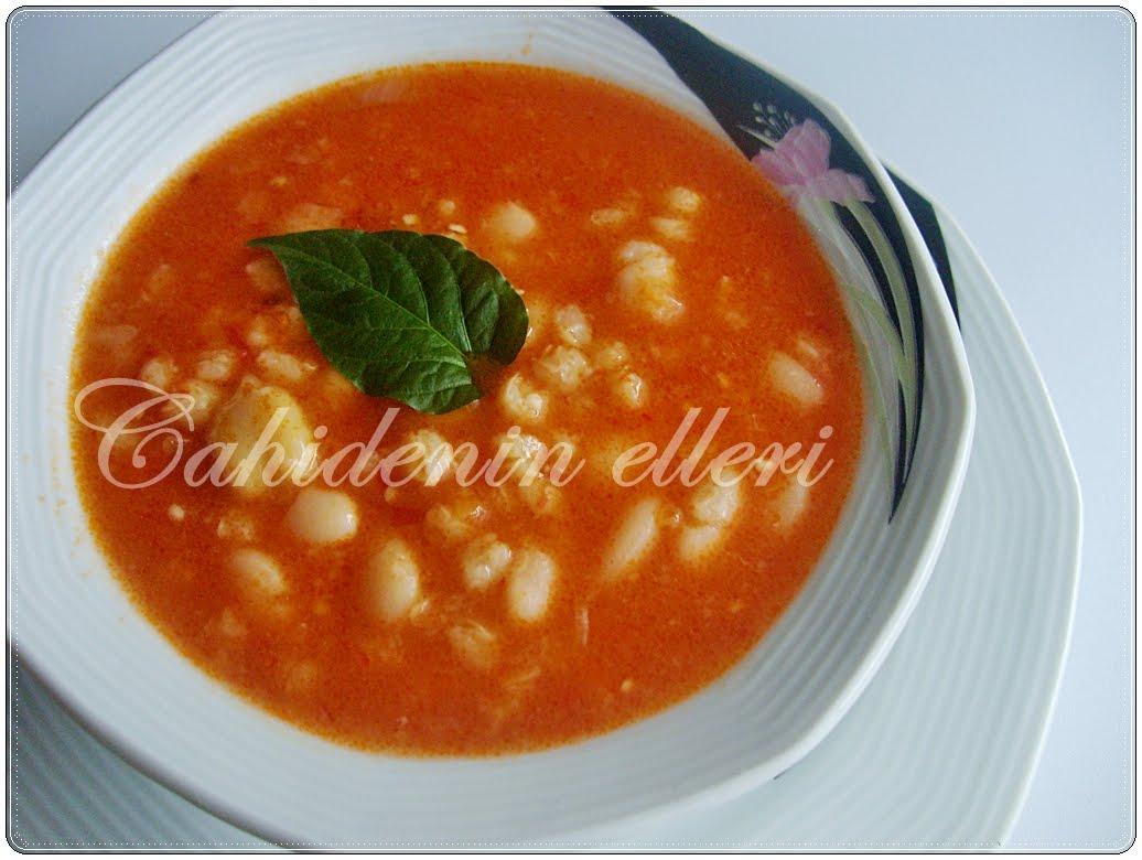 Sıcak nohut çorbası tarifi