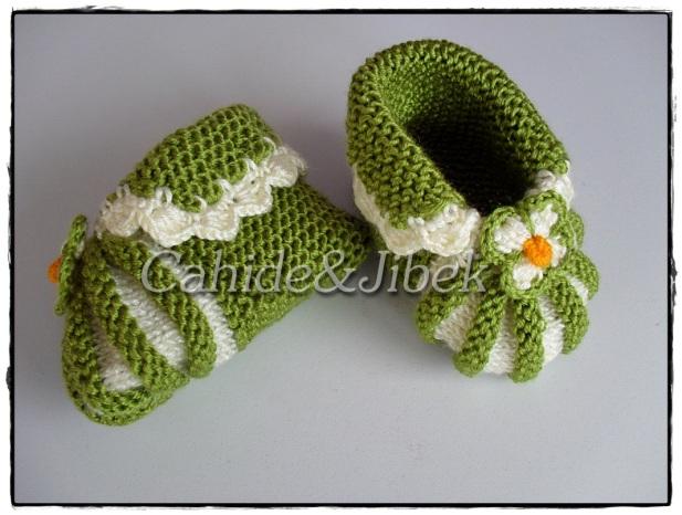 Şiş örgüsü bebek patiği yapılışı anlatımlı modeli Ekim 23, 2010 — Cahide