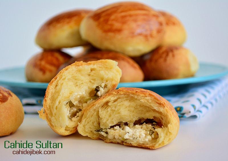 Post Tagged with: pastane Poğaçası nasıl yapılır